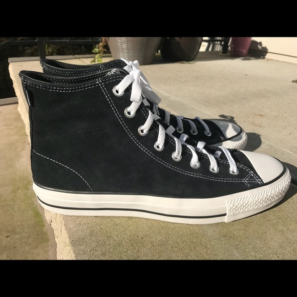 Converse Chuck Taylor All Star Pro Suede Sneakers NWT